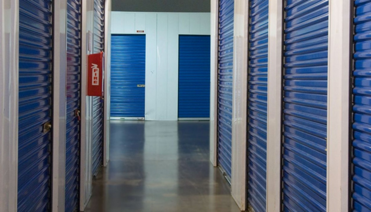 Price Self Storage West Los Angeles La Brea Avenue variety of indoor ground floor accessible storage units with metal roll up doors