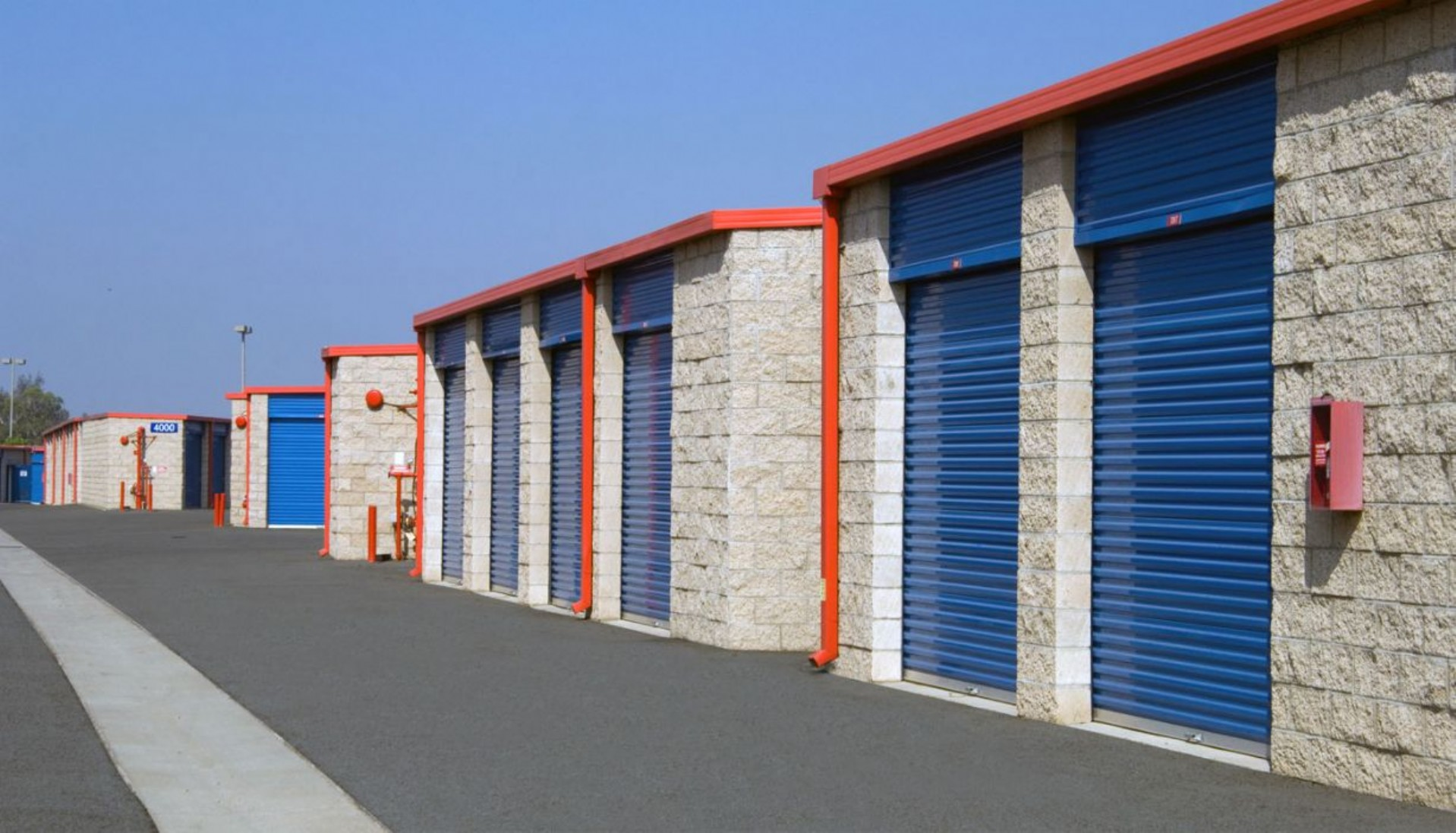 Price Self Storage Azusa variety of drive up unit sizes