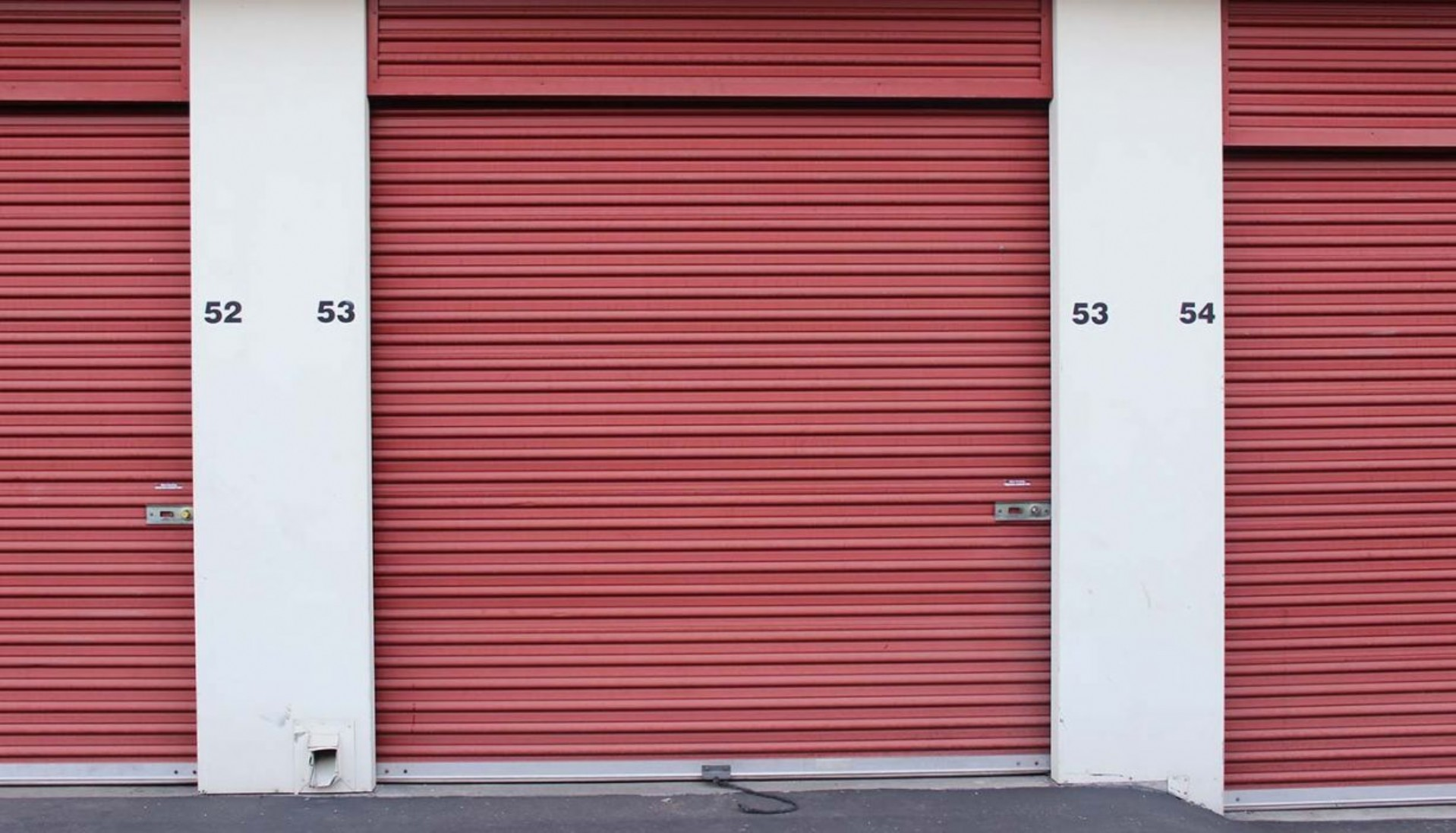 Large drive up storage unit with rollup door